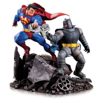 Batman vs Superman Mini Battle Statue