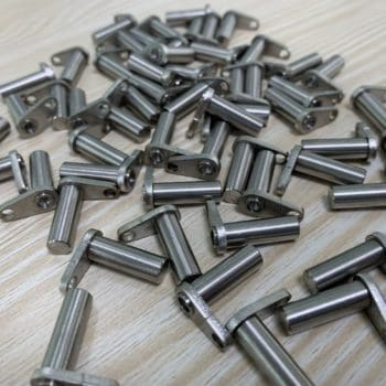 Remote model excavator forklift hydraulic model cylinder fixing pin simulation